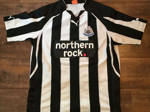 2010 2011 Newcastle United Home Football Shirt Large